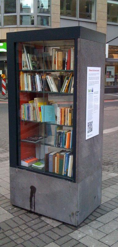 Bücher über alles » Erster öffentlicher Bücherschrank in Köln ...